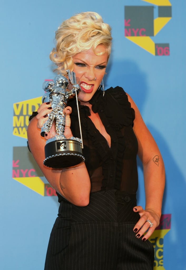 2006-Pink-won-best-pop-video-award-Stupid-Girls