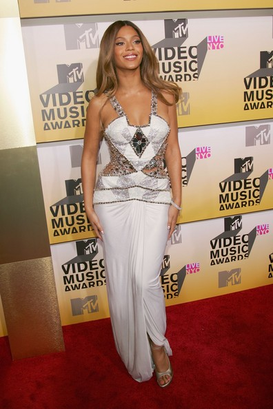 Beyonce+Knowles+2006+MTV+Video+Music+Awards+ddMArPN_SPXl