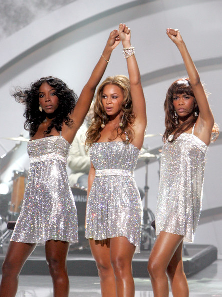 Kelly+Rowland+Beyonce+Knowles+2005+World+Music+De3scEthkOyl.jpg