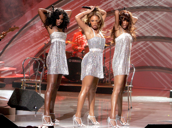 Kelly+Rowland+Beyonce+Knowles+2005+World+Music+Six8bimIHpDl.jpg