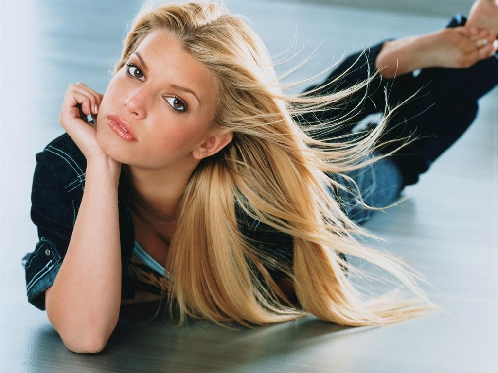 7010528-jessica-simpson-wallpapers