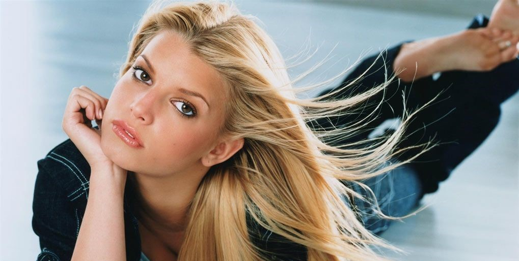 21st Anniversary Of Jessica Simpson S Debut Single I Wanna Love You Forever We Miss Music