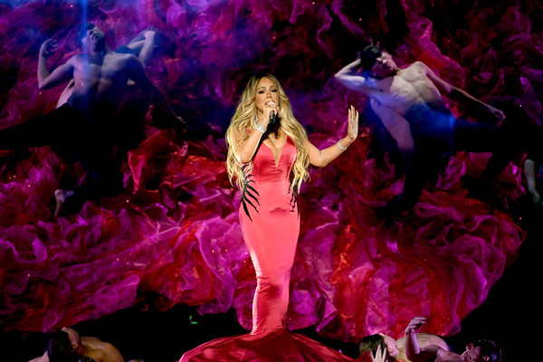 Mariah+Carey+2018+American+Music+Awards+Fixed+9uQMhePRT10l